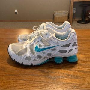 Nike Turbo Shox - Teal/White - Size 6.5Y/8 Womens